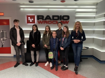 radio15_1024x768